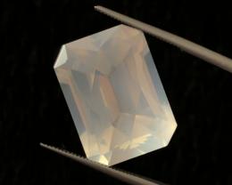 13.30 carats, Natural Moonstone.