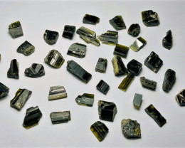 Amazing Natural color gemmy quality rough Epidote lot 100Cts-GN008