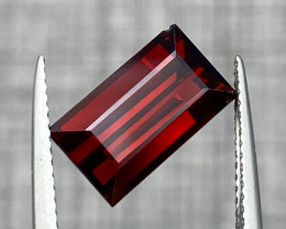 Natural Rhodolite 5.45 cts Sparkling Gemstone