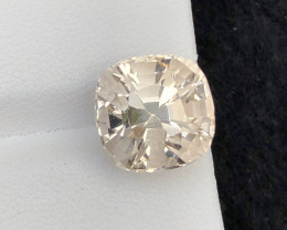 Perfect cut  Cut 9.00 Ct Natural Topaz gemstone