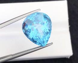Perfect cut  Cut 19.25 Ct Natural  Blue Topaz gemstone