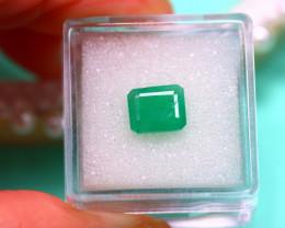 Emerald 2.52Ct Natural Zambia Green Emerald E3119/A38