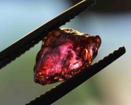 R0973: 3.06cts Sapphire fac grade no heat Madagascar