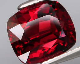 4.04 Ct.100% Natural Earth Mined Top Quality Red Rhodolite Garnet Africa