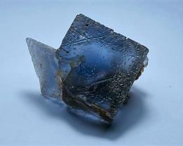 Amazing Natural Lovely color Damage free gemmy Fluorite specimen 100Cts-P