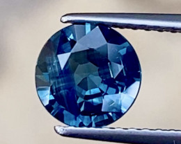 1.33ct VVS  Unheated Sapphire  - / Australia / 7.0mm