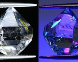 Rare 5.10 ct Natural Fluorescent Quartz With Ancient Petroleum