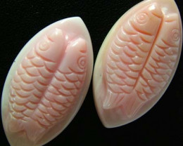 CONCH SHELL FISH PAIR CARVING 33.05 CTS [PF 928]