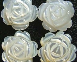 MOTHER OF PEARL FLOWER PARCEL -White 10 MM - 7.95 CTS PF1006