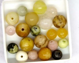 ASSORTED NATURAL BEADS (PARCEL) 48 CTS  NP-1519