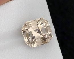 Beautiful piece 8.95 Ct Yellow Scapolite  gemstone