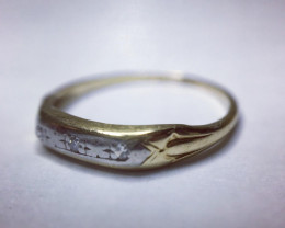 0.02 Ct 14K Gold 3 x Single Cut Diamond Ring