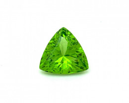 5.41 Carats top quality peridot cut piece available for sale