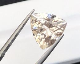 Beautiful piece 11.25 Ct Natural Topaz gemstone
