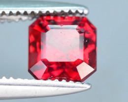 Top Grade 0.95 ct lovely Red Garnet Ring Size
