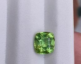 ~NR~HGTL Certified 1.94 Carats Natural Peridot Gemstone From Pakistan