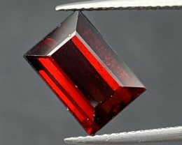Natural Rhodolite 5.20 cts Sparkling Gemstone