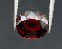 Natural Rhodolite 5.75 cts Sparkling Gemstone