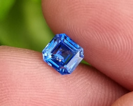 CERTIFIED 1.17 CTS NATURAL STUNNING BLUE SAPPHIRE FROM SRI LANKA