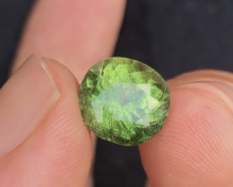 200$~5.65 Ct Natural Beautiful Rutile Peridot Gemstone