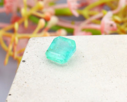 Colombian 1.83Ct Natural Colombian Green Emerald B1623