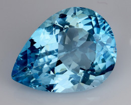 17.68 Ct Sky Blue Topaz Top Cut And Top Luster Gemstone TP11