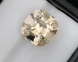 Beautiful piece 9.15 Ct Natural Topaz gemstone