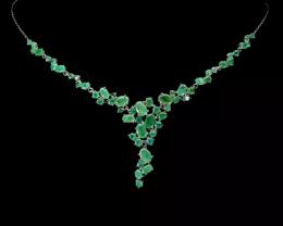 Stunning $2000 Natural 188.25tcw. Top Rich Green Emerald Flower Necklace Un