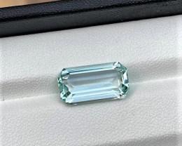4.10Cts Emerald Cut Natural color loop-clean Aquamarine 4.10Cts-M4