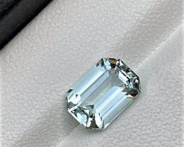 3.95Cts Excellent Emerald Cut Natural color Eye clean Aquamarine 3.95CtsM5