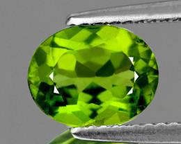 8x6 mm Oval 1.44cts Green Peridot [VVS]