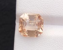 6.25 carats, Natural Topaz
