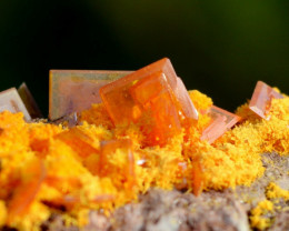 Wulfénite & Mimétite 88 grammes - Rowley Mine, Arizona, USA