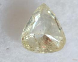 NATURAL-TINTEDWHITE- yellow diamond 0.80 ctw 1 pcs