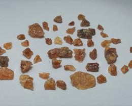 Amazing Natural color Spessartine gemmy quality Garnet Rough 100SG-B