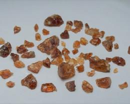 Amazing Natural color Spessartine gemmy quality Garnet Rough 100SG-C