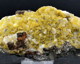 Calcite & Mimétite - 393 grammes - Tsumeb, Namibie