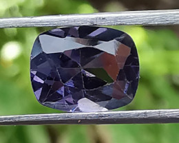 Spinel, 1.64ct, pretty gemstone that looks for a buyer!