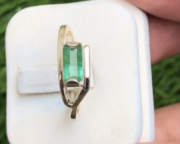 13.80 Carats Natural Emerald 925 Silver Ring