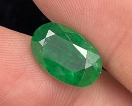 4.92 Cts Vivid Green Fine Quality Natural Emerald Ethiopia