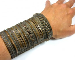 TRIBAL CELEBRATION WRIST BRACELET  TR 718