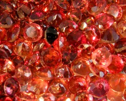 CERT PARCEL FACETED GARNET GEMSTONES 40.28 CTS 0085
