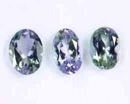 2.95cts Natural Tanzanite Gemstone LOTS / JKL1768