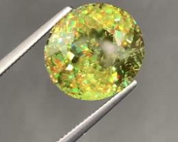 8.47 Carats Sphene Gemstone from Pakistan