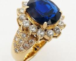 5.30ct NOT HEATED Burma Sapphire and Diamonds Ring - 18K - Certified by IGI