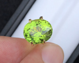5.40 Carat Natural Grass Color  Peridot Gemstone