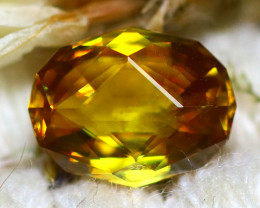 Sphene 2.40Ct Natural Rainbow Flash Chartreuse Green Sphene DR726/A51