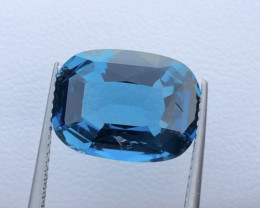 Top Quality 7.55 ct London Blue Topaz Big Size