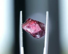 R1102: 5.83cts Rhodolite fac grade no heat Madagascar