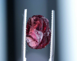R1113: 6.05cts Rhodolite fac grade no heat Madagascar